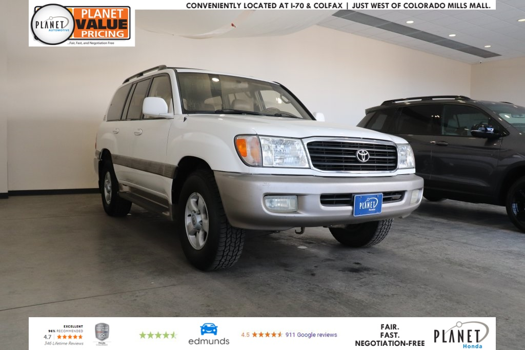 Pre-Owned 2000 Toyota Land Cruiser Base